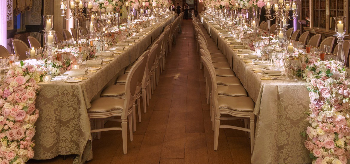 Tablecloths hire damask-line-range