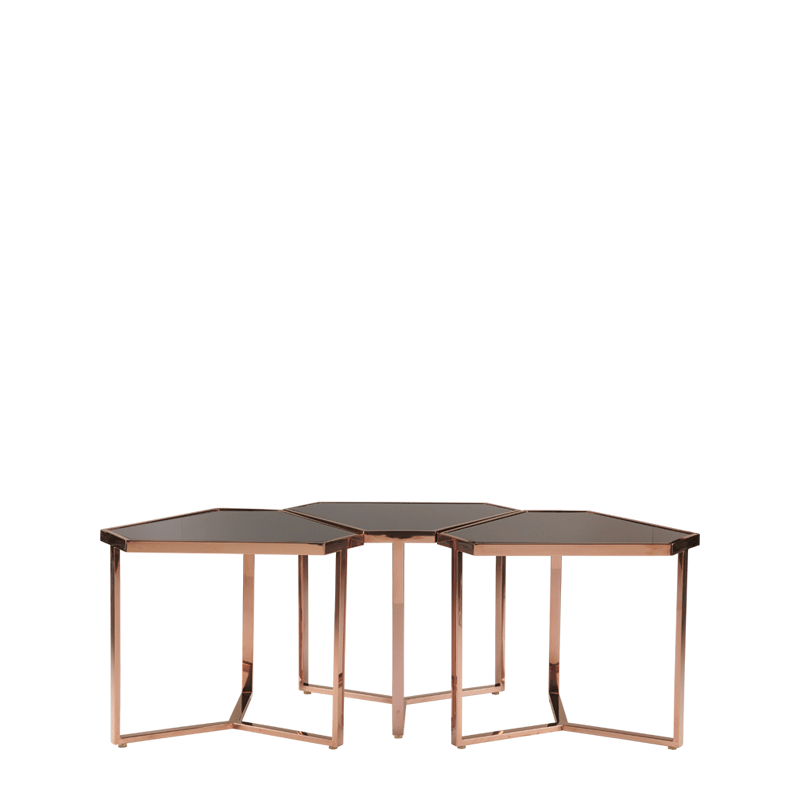 Cognac Triangle Mix B Drinks Table
