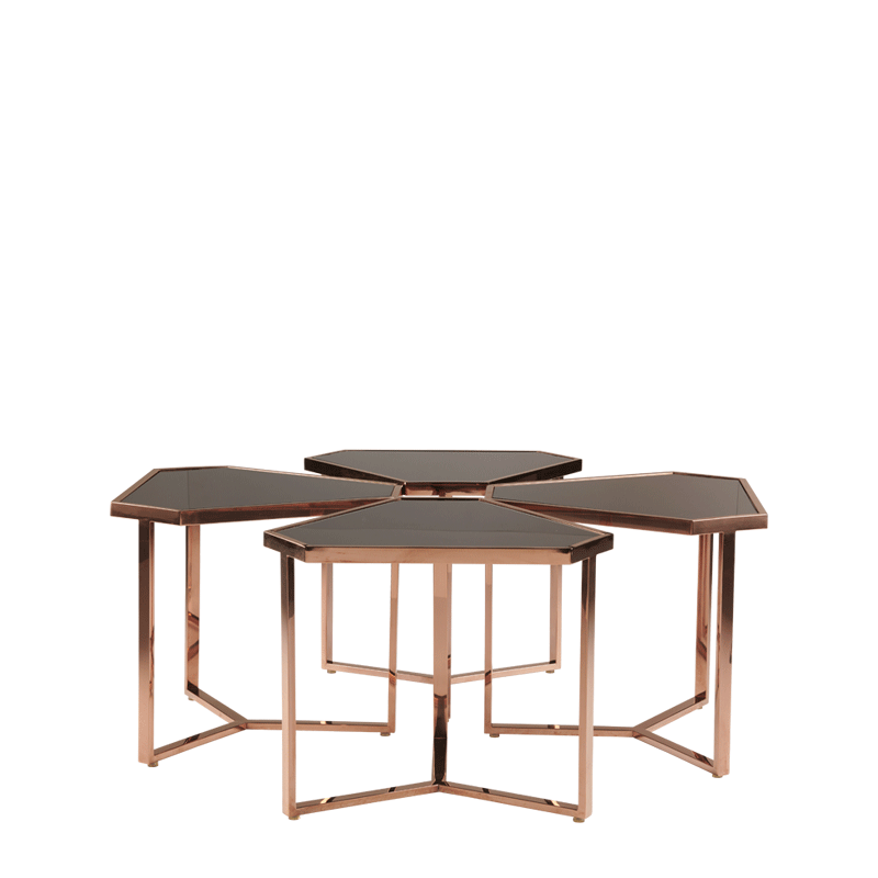 Cognac Triangle Mix C Drinks Table